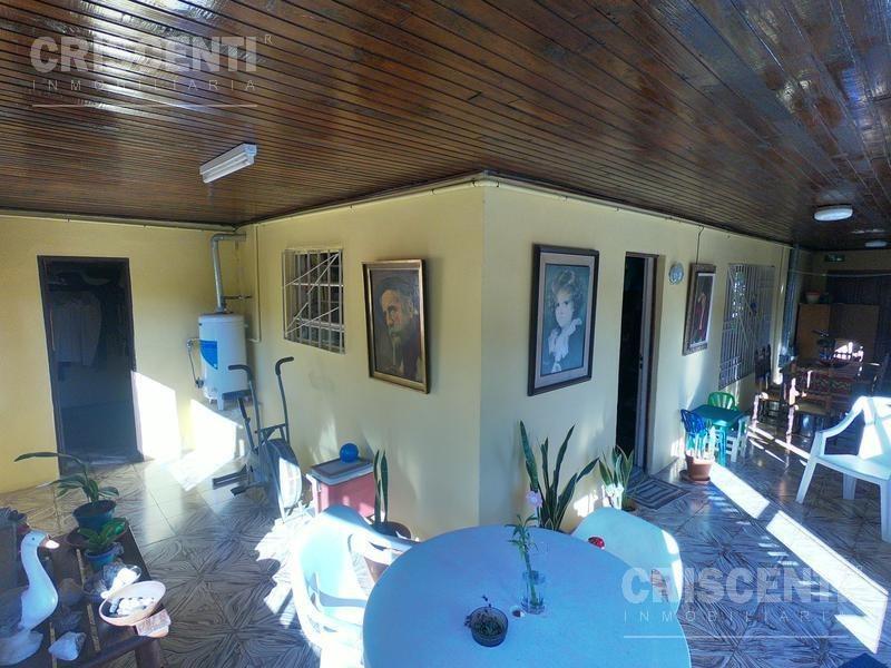 casa 3 dormitorios con piscina zona urbana de funes