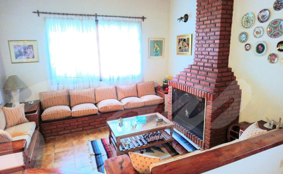 casa 3 dormitorios. country las brisas