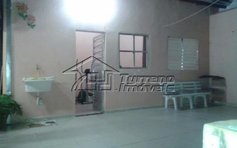 casa 3 dormitórios em lote inteiro com edicula no jardim satélite