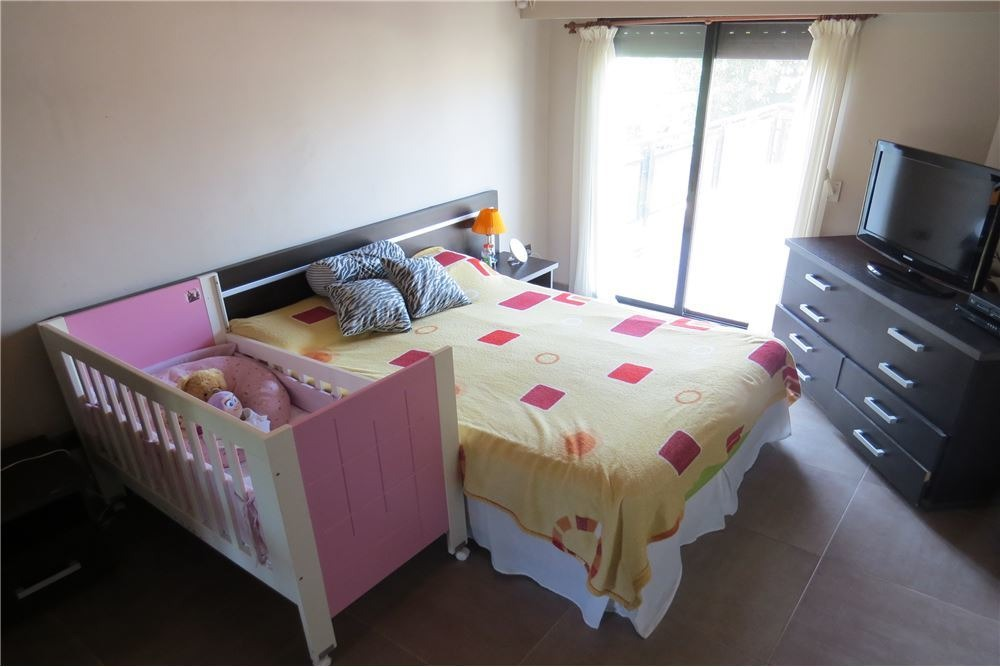 casa 3 dormitorios en capitán bermúdez con patio