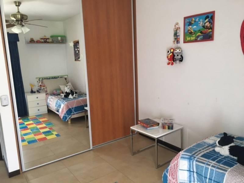 casa 3 dormitorios excelente en alisos