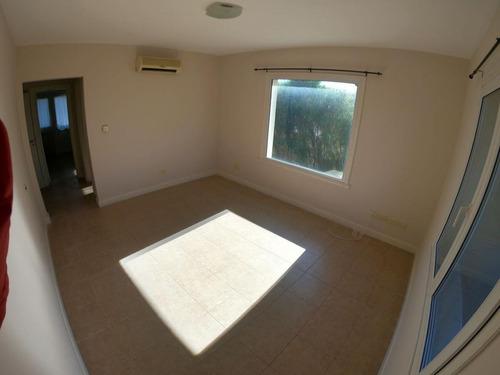 casa 3 dormitorios mas dependencia, la alameda nordelta.