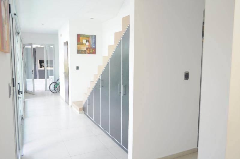 casa 3 dormitorios, moderna, detalles de calidad.