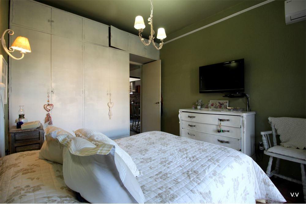 casa 3 dormitorios, parrillero, gran patio, la figurita.