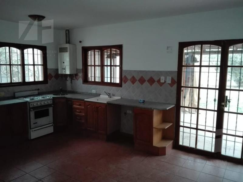 casa 3 dormotorios bª arguello (jardin, asador, quincho)