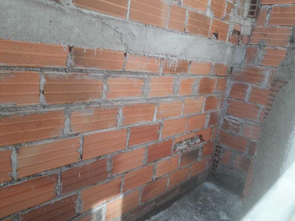casa 3 habitaciones 2 baños 2 patios se puede construir atra
