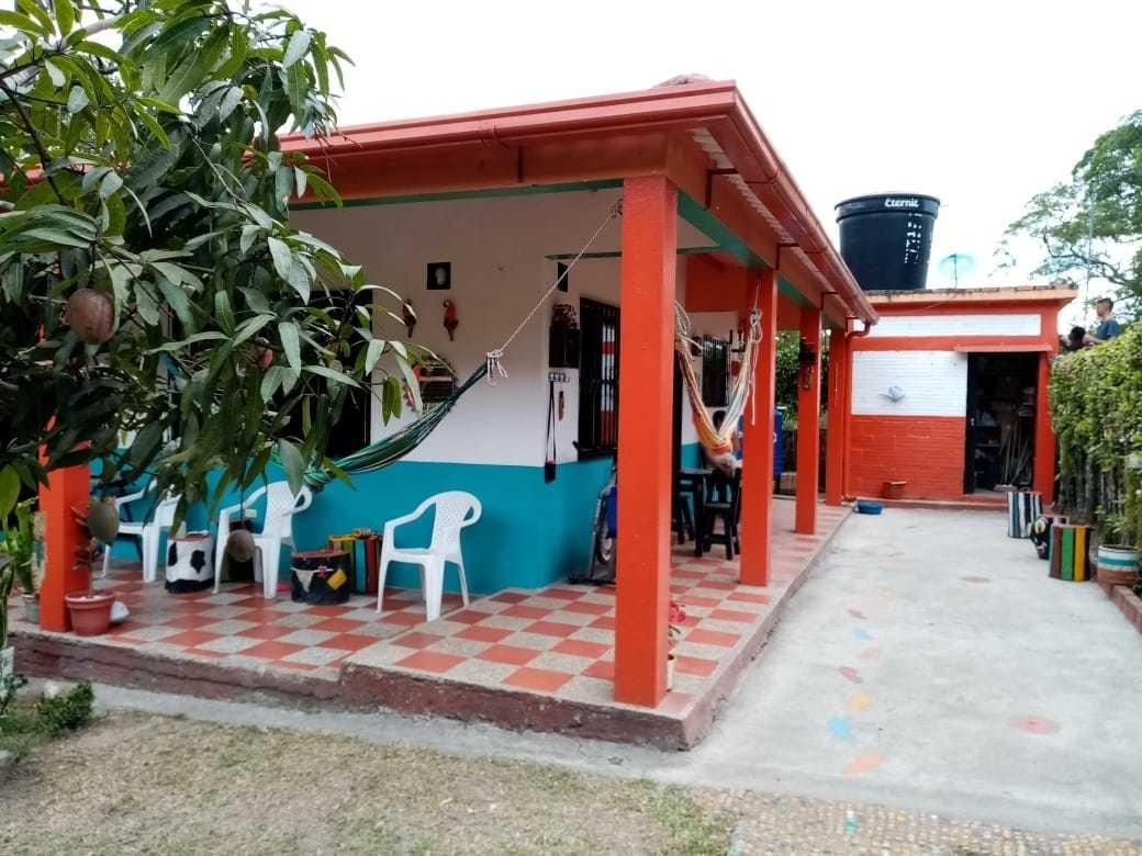 casa 3 habitaciones, 2 baños, área de 26*26