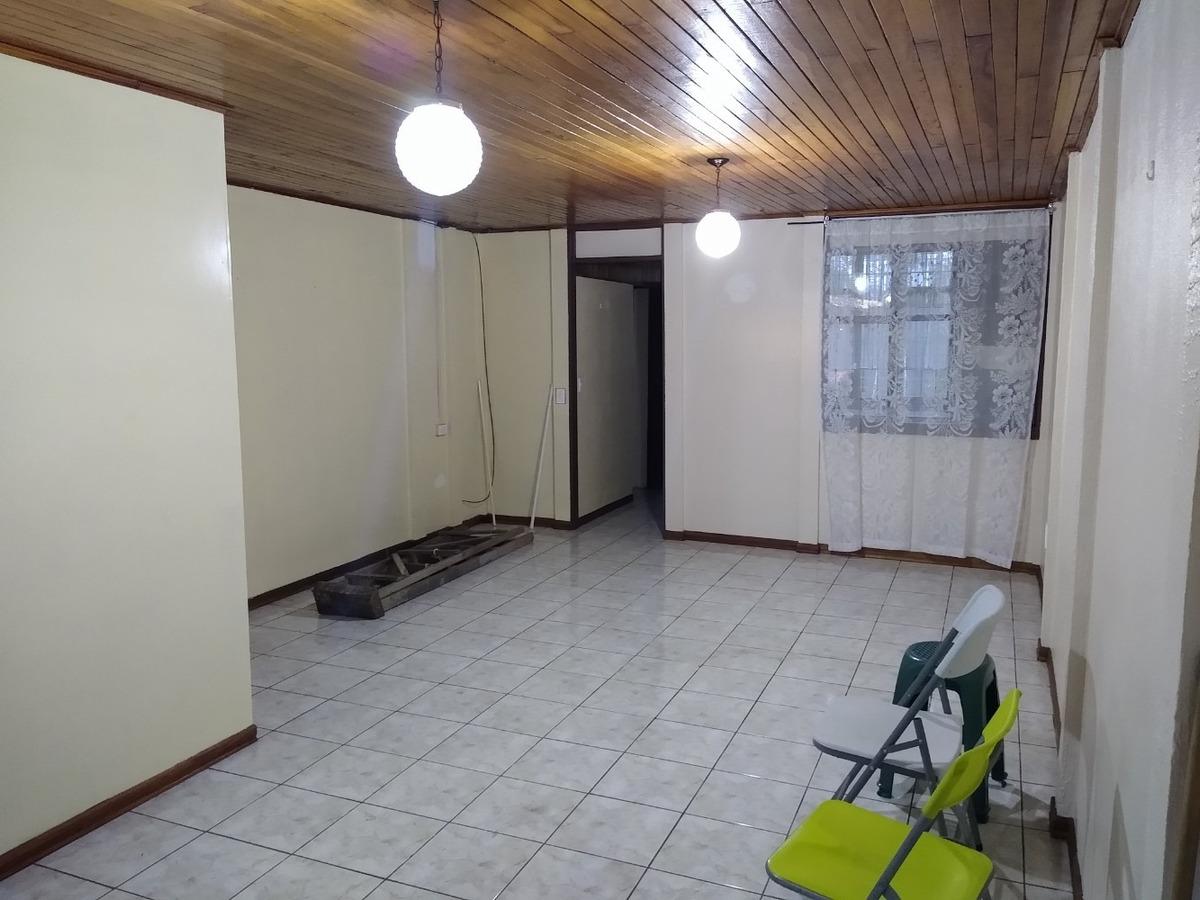 casa 3 habitaciones 2 baños cochera patio pilas y zonas verd