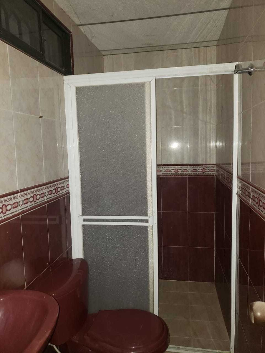 casa 3 habitaciones 2 baños sala comedor enrrejada