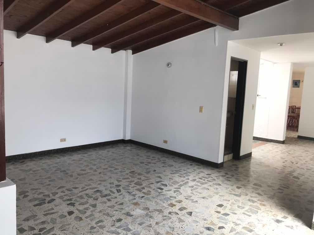casa, 3 habitaciones, 2 baños terraza