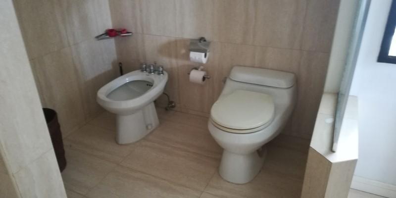 casa 3 habitaciones y 4 baños