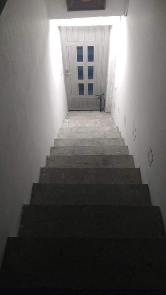 casa 3 habitaciones,2 baños, zona de ropas,cocina, balcon, i
