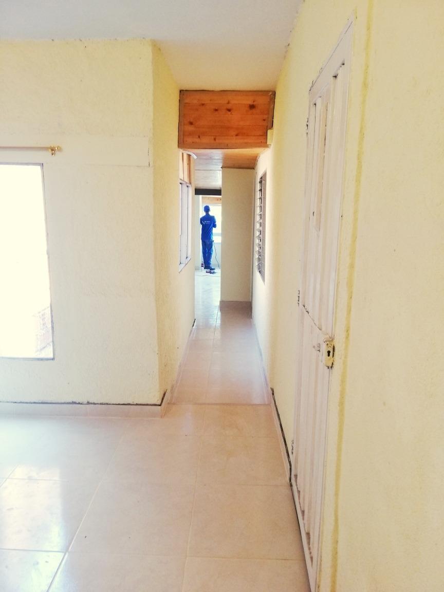 casa 3 habitaciones,3 banos terraza cerca al metro