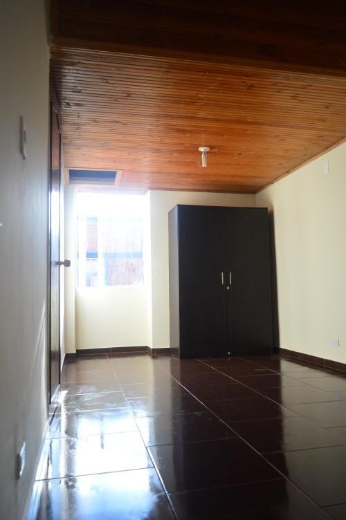 casa 3 pisos 4 habitaciones 2 baños en conjunto residencial