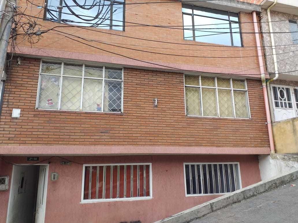 casa 3 pisos con 6 apartamentos