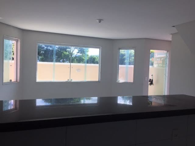 casa 3 q,1 suite,2 vgs, cond.fechado com 5 casas-r$350 mil
