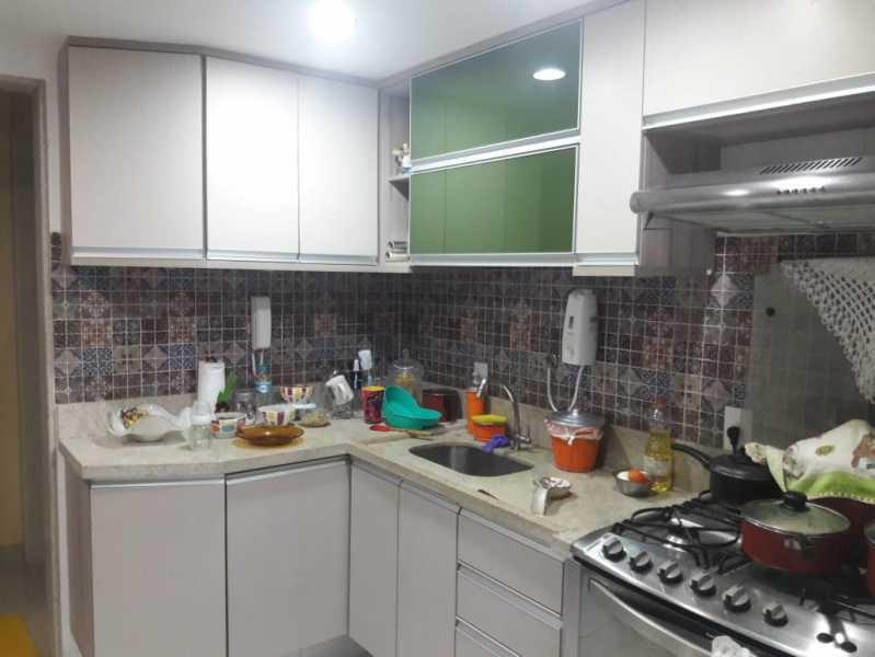 casa 3 qtos - condomínio fechado - com rgi - cgcn30004