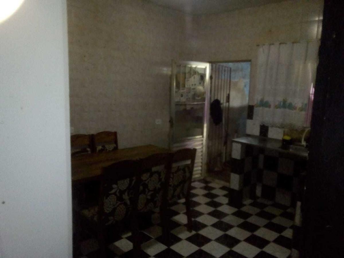casa 3 quartos 2 banheiros garagem para ponto comercial