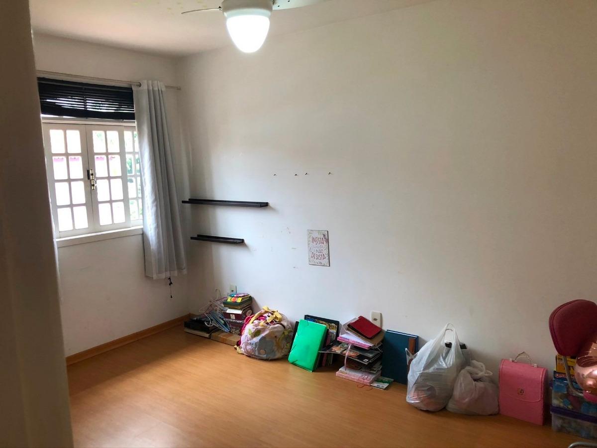 casa 3 quartos, 4 banheiros, 3 vagas cond fechado