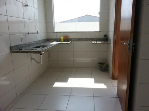 casa 3 quartos, de frente para o asfalto, itaipuaçu - 312