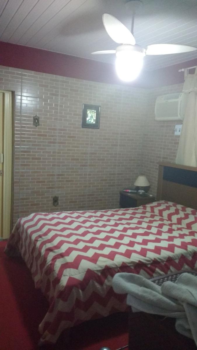 casa 3 quartos e uma kitinete