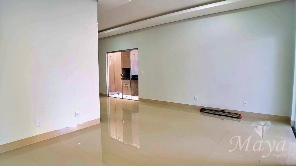 casa 3 quartos, sendo 2 suítes, 130 m² c/ churrasqueira na 507 sul - ca0166
