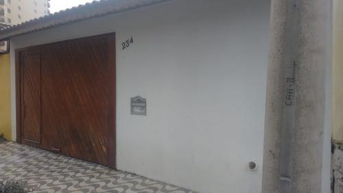 casa 3 quartos à venda uma quadra da praia em praia grande