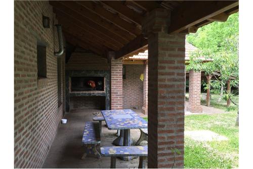 casa 300 mts cub. 3 dormitorios - gran parque