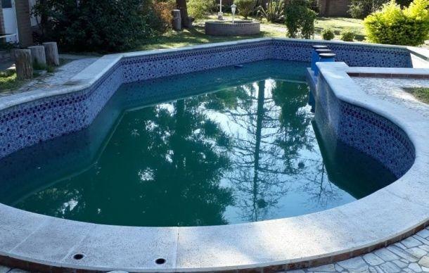 casa 3/4 dormitorios 397 m2 cub 2000 m2 ter piscina quincho
