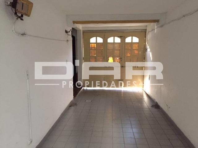 casa 4 amb con galpón y fondo lote propio 8.66x53