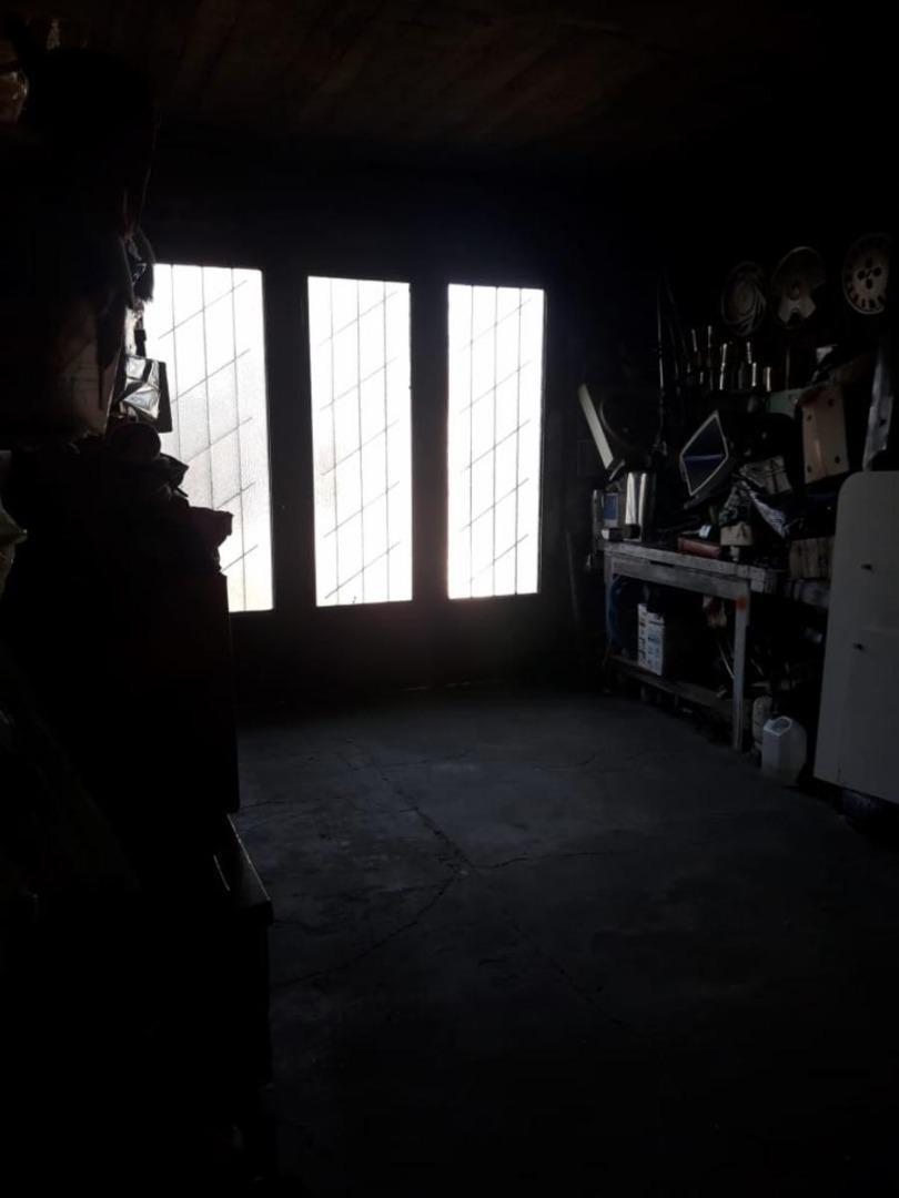 casa 4 amb con jardín, garaje y amplio galpon- loma hermosa