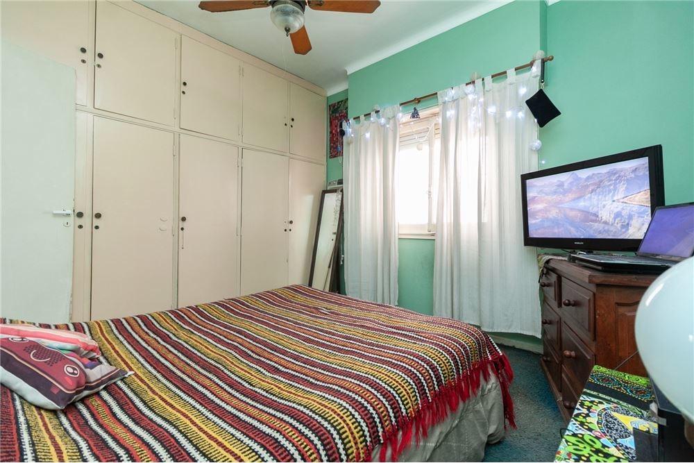 casa 4 amb con parque y cochera en lomas de zamora