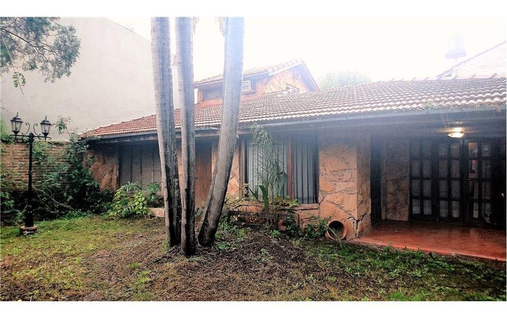 casa 4 amb con parque y pileta en jose marmol