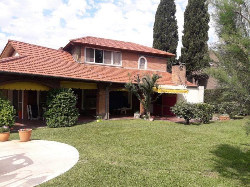 casa 4 amb. en barrio cerrado banco provincia - moreno