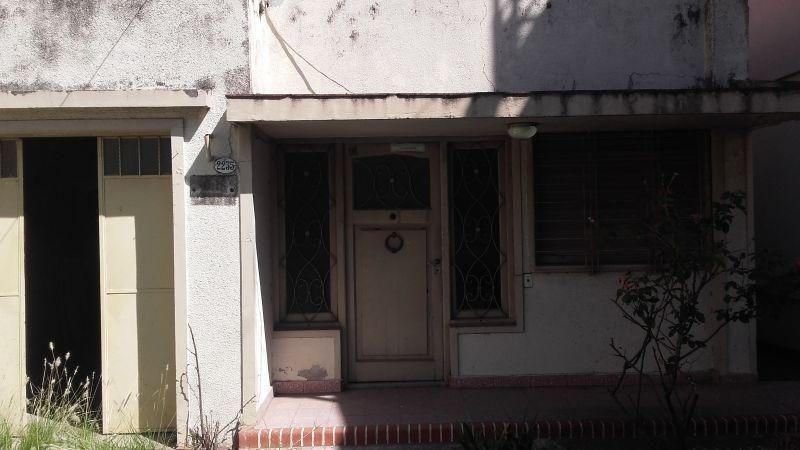 casa 4 amb. en caseros lado norte