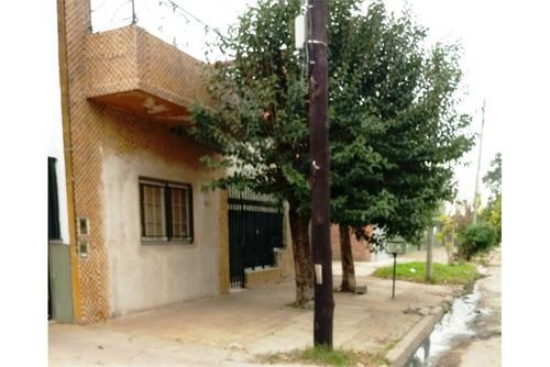 casa 4 amb-garage-terraza-ciudadela