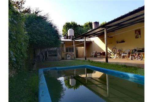 casa 4 amb - lote 300m2 - jardin - pileta