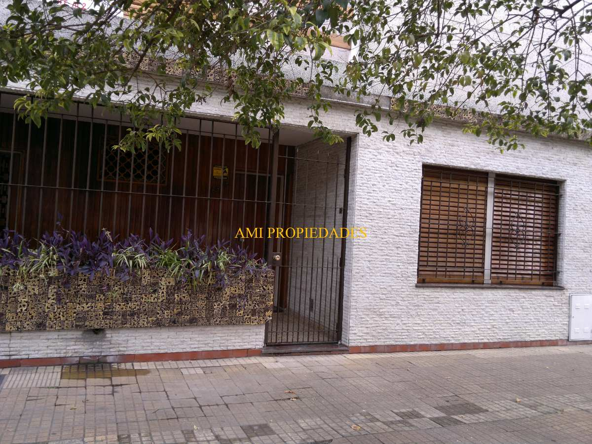 casa 4 amb - lote propio barrio ¨mil casitas¨