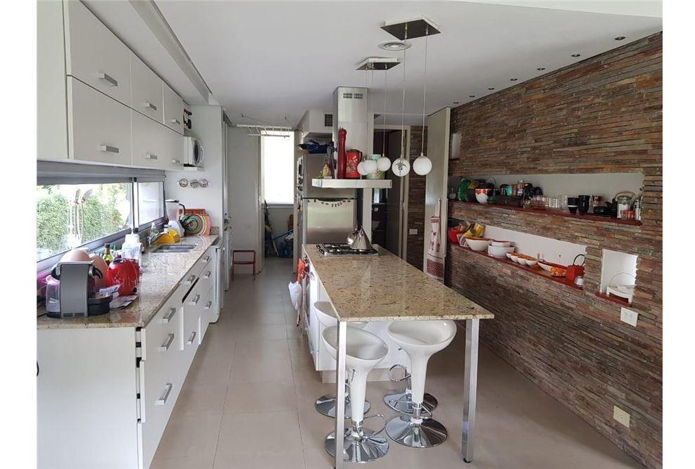 casa 4 amb venta en country campo chico escobar