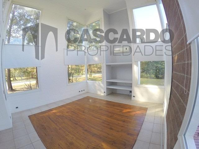 casa 4 ambientes 3 dormitorios 3 baños barrio privado