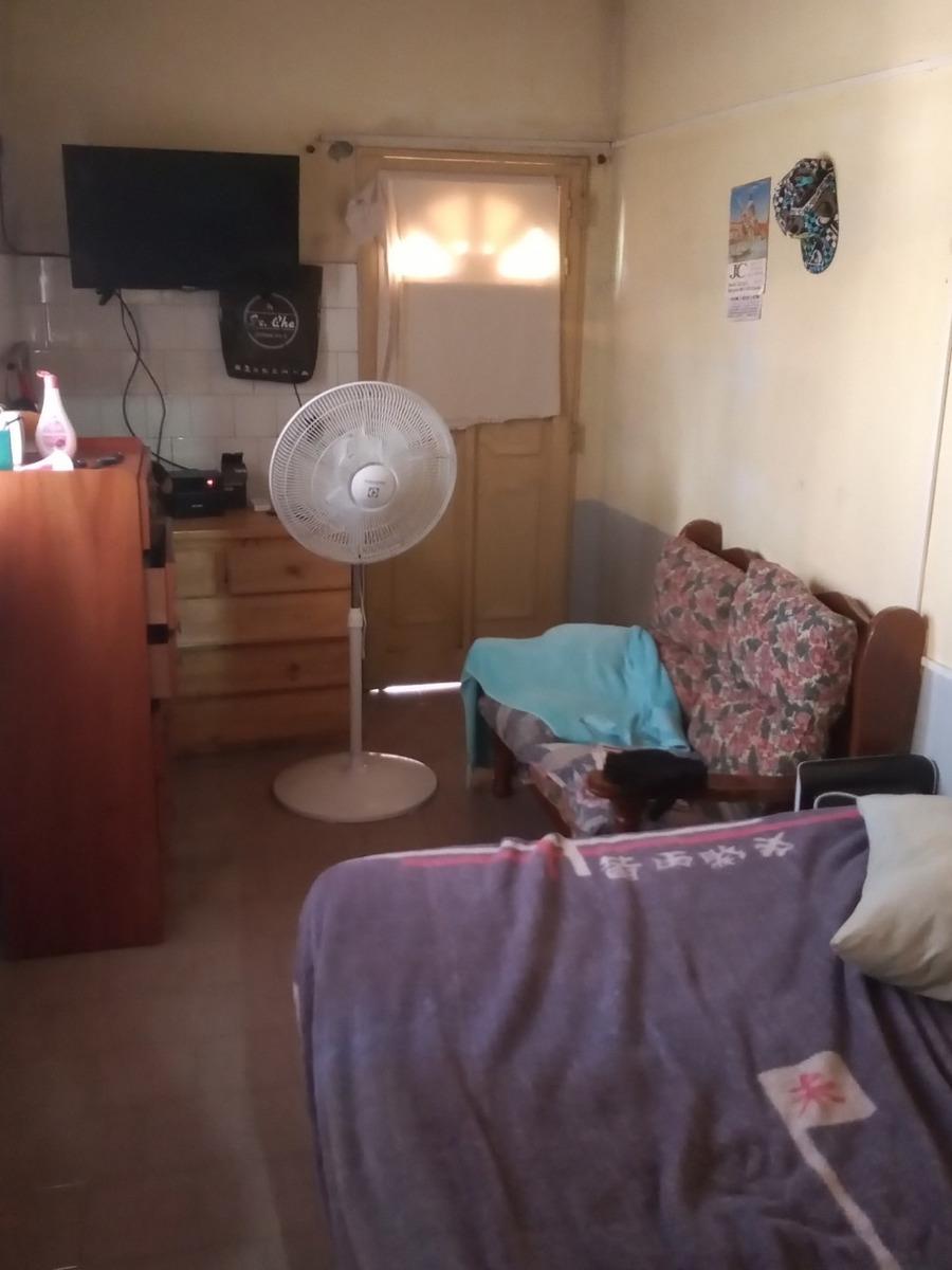 casa 4 ambientes, a reciclar, escobar centro, dependencia