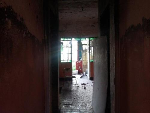 casa 4 ambientes a refaccionar