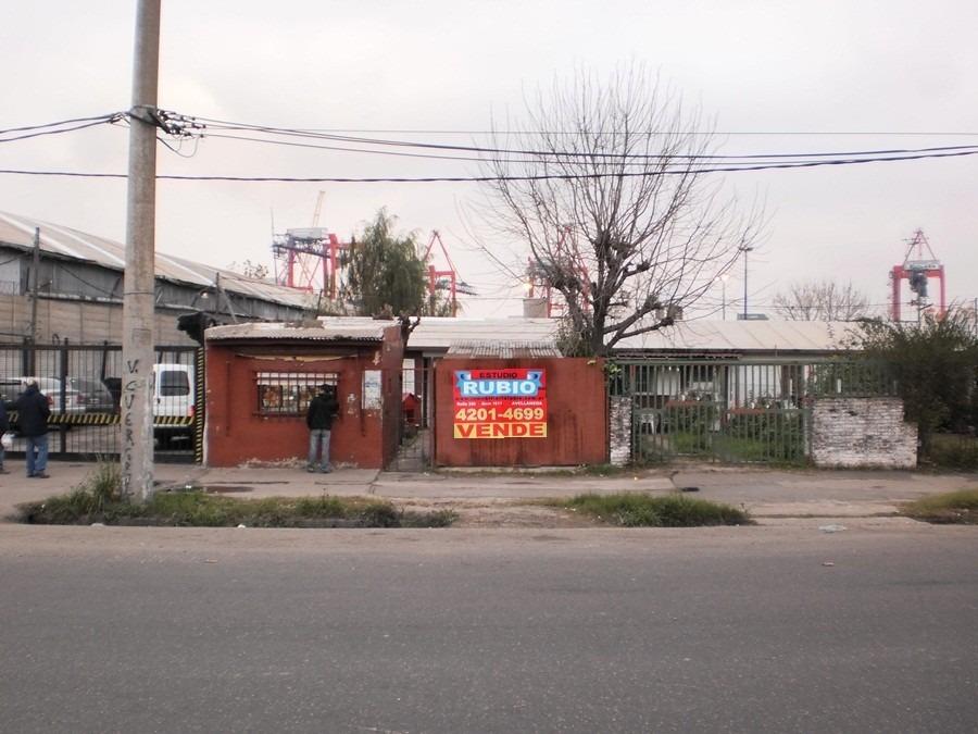 casa 4 ambientes barrio  las casitas . sto. ponce 800.