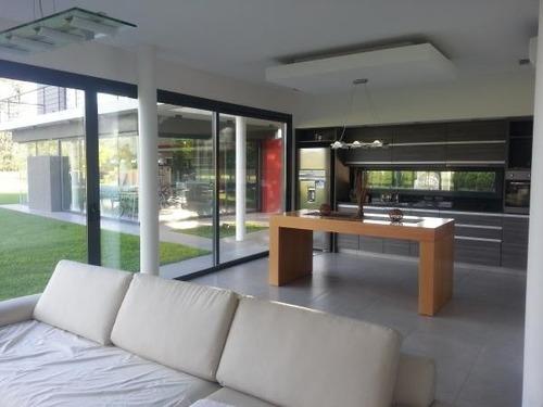 casa 4 ambientes cañuelas club de campo las cañuelas