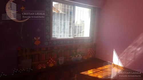 casa  4 ambientes - castelar norte