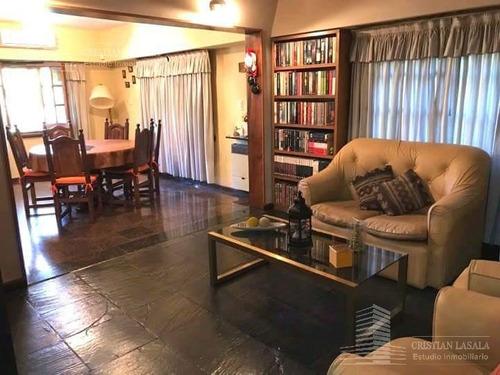 casa 4 ambientes- castelar sur