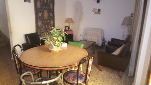 casa 4 ambientes con 2 baños
