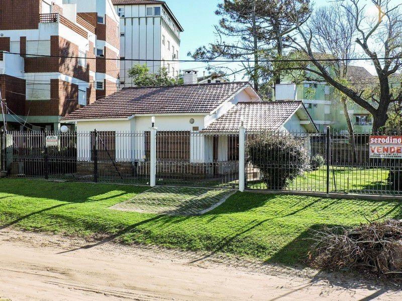 casa 4 ambientes con amplio jardin - villa gesell