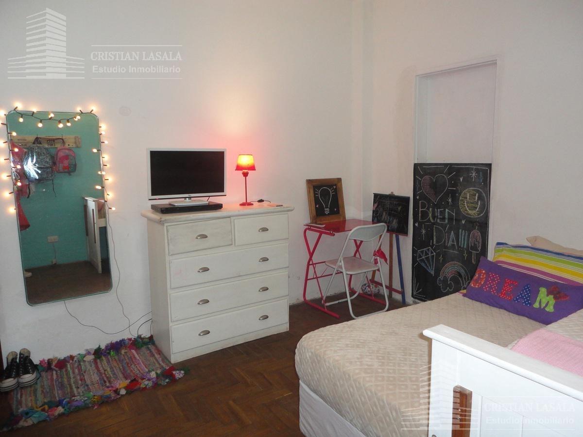 casa 4 ambientes con cochera - villa santos tesei