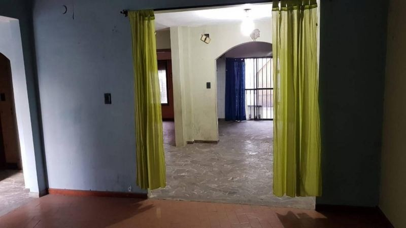 casa 4 ambientes con cocheras
